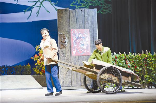 《嫂娘·大娘·亲娘》参加第十四届河南省戏剧大赛