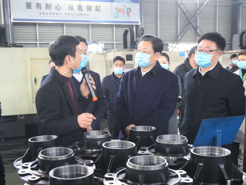 朱是西深入县区调研高成长型工业企业发展